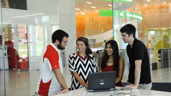 Students use the technology at the Hunt Library.