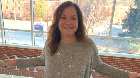 How Mindy McDowell Redefined Herself in the Online Master of College Counseling and Student Development